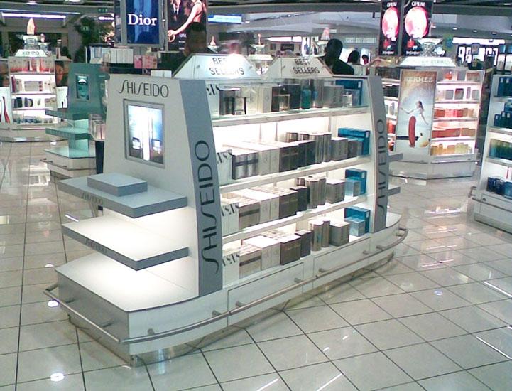 gondola_shiseido_aeroporto_lisboa